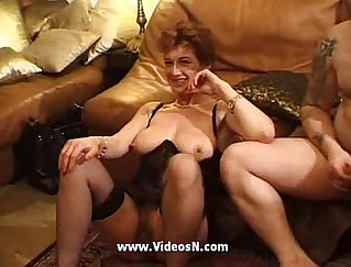 Amateur french mature enjoys full mouth gets gang banged