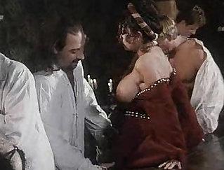 Carmen Electra : Young Orgy Terror For Rednecks