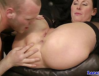 British Milf Slut Sexy Toa Love Will Begin to Suck Cock