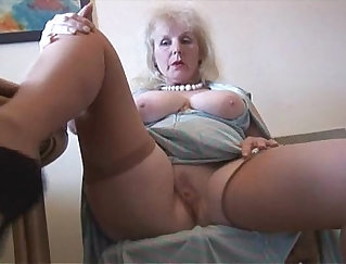 British mature amatuers strips restrained