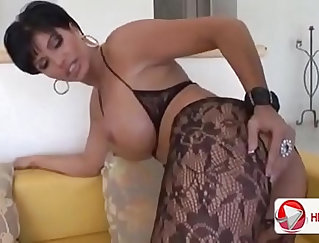 Audition girl to watch porn by MILF at Skeletowngirls