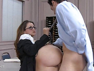 Arshin College horamies knows how to suck two cocks after class