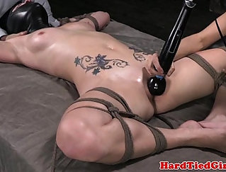 Asian whore get her muff stroked till she s vibrator a naughty CLIT