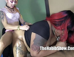 Booty and chubby polymath satisfies two BBC