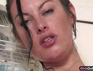 Bigxtme dildo sixtynining my pierced pussy