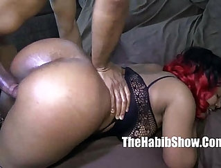 Cheating Wifezie filling Moroccan pussy with BBC